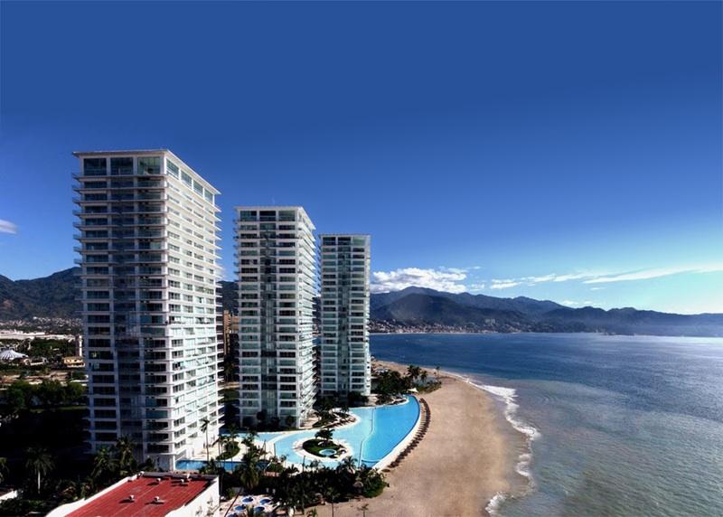 Why Puerto Vallarta Life In Mexico Luxury Beach Real