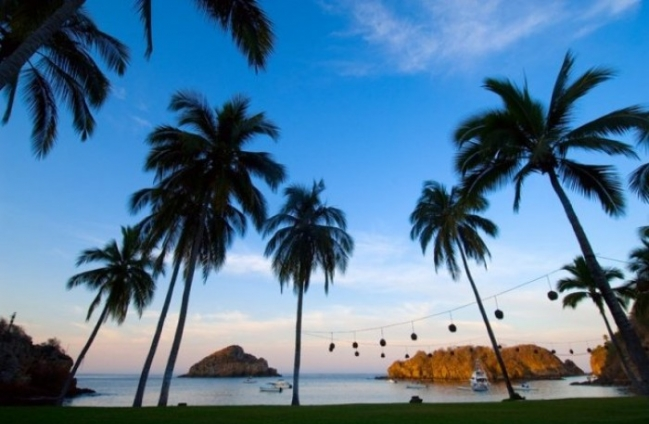 Playa Rosa Bungalows