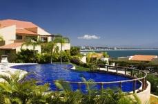 Punta Esmeralda Townhouse Tamarindo V8 -- Puerto Vallarta Rental
